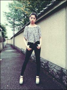 桜田ひより、足、長い、綺麗、ハーフ