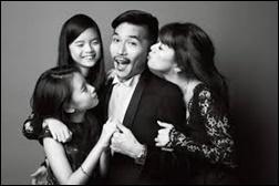 リマ、姉、両親